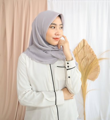 The New Hijab Square Premium (Aquos Grey)