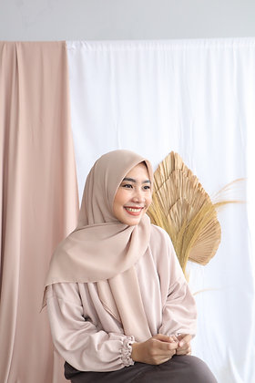 The New Hijab Square Premium (Beige)