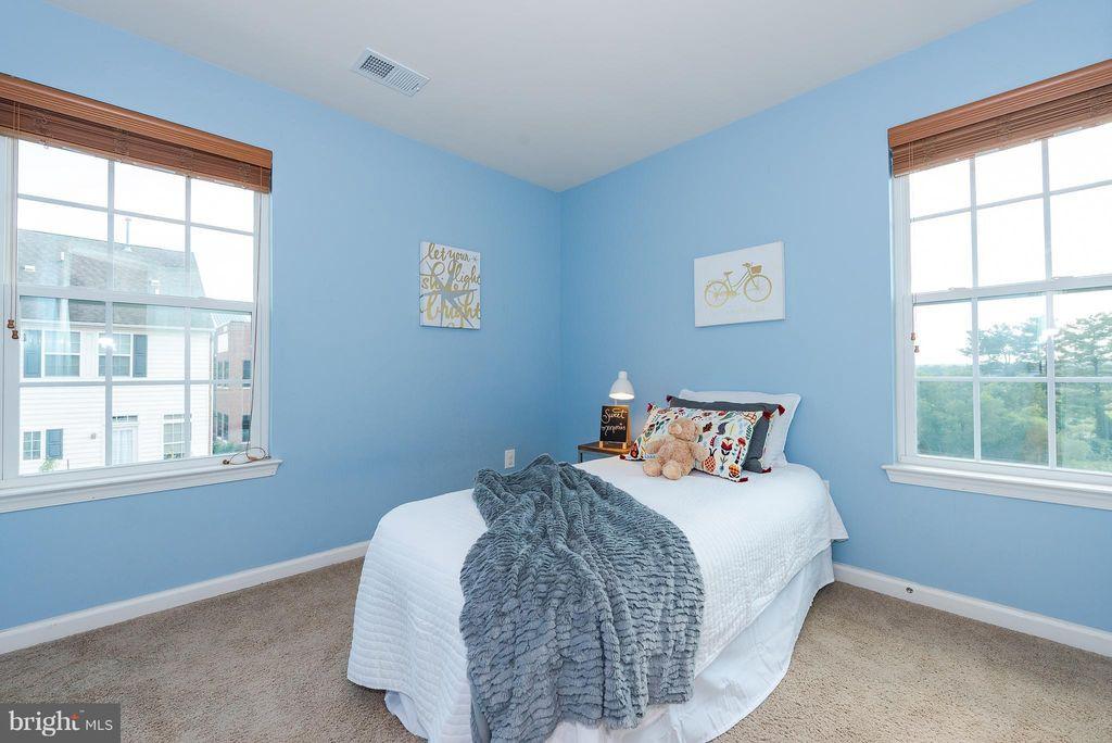 Kid's Bedroom (After)