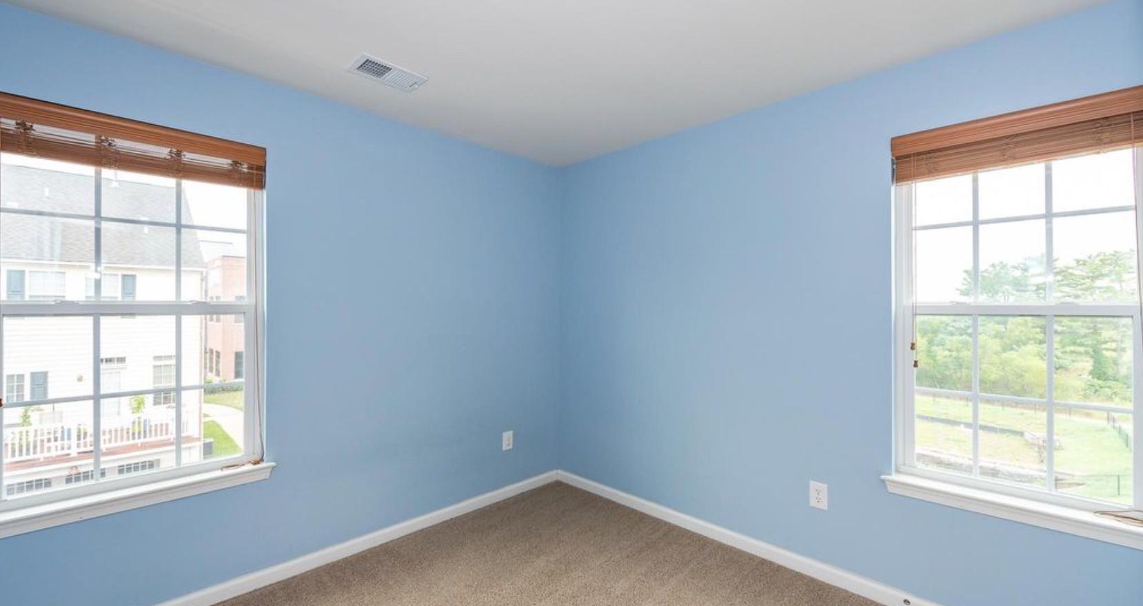 Kid's Bedroom (Before)