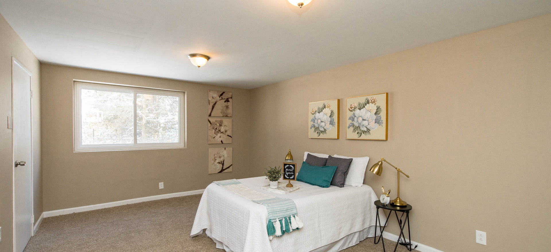 Guest Bedroom (Vacant Staged)