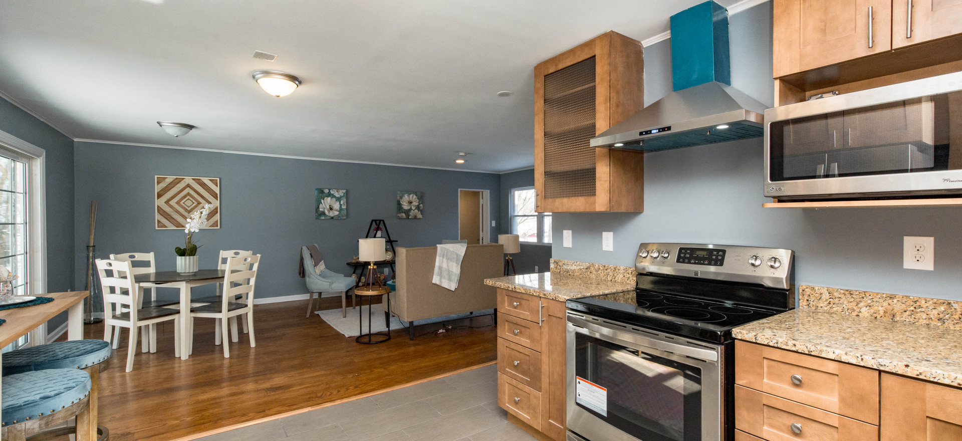 Kitchen/Dining/Living Area (Vacant Staged)