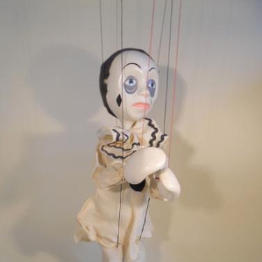 SL Pierrot
