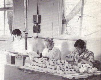 Preparing the casts.