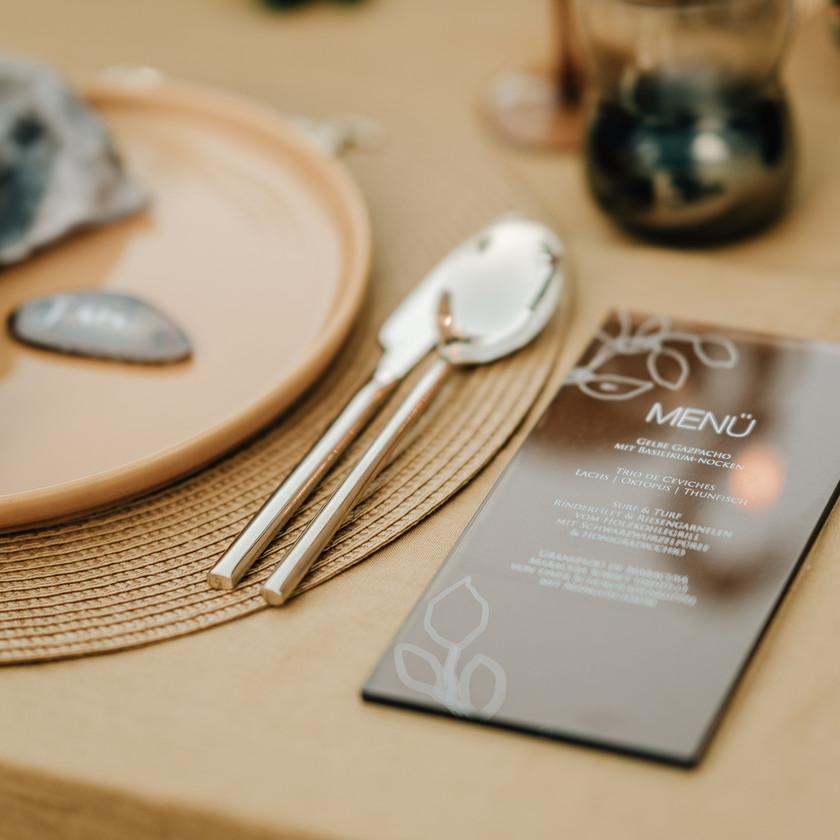 Table setting Mallorca Tischdeko Finca Hochzeit Papeterie