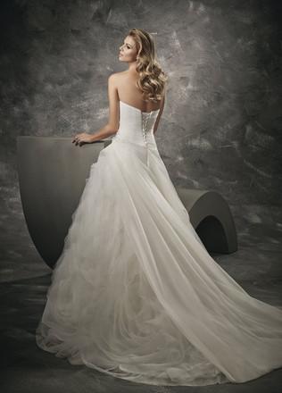 suknie-slubne-divina-67.jpg