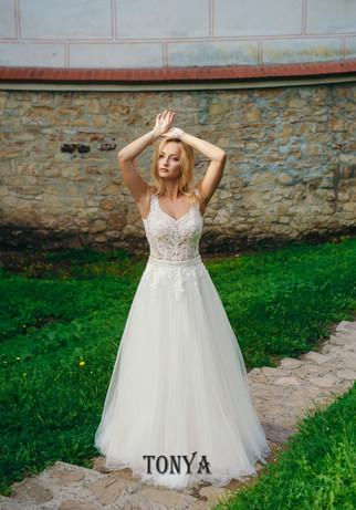 tonya - suknia ślubna - salon slubny bianka starogard gdański