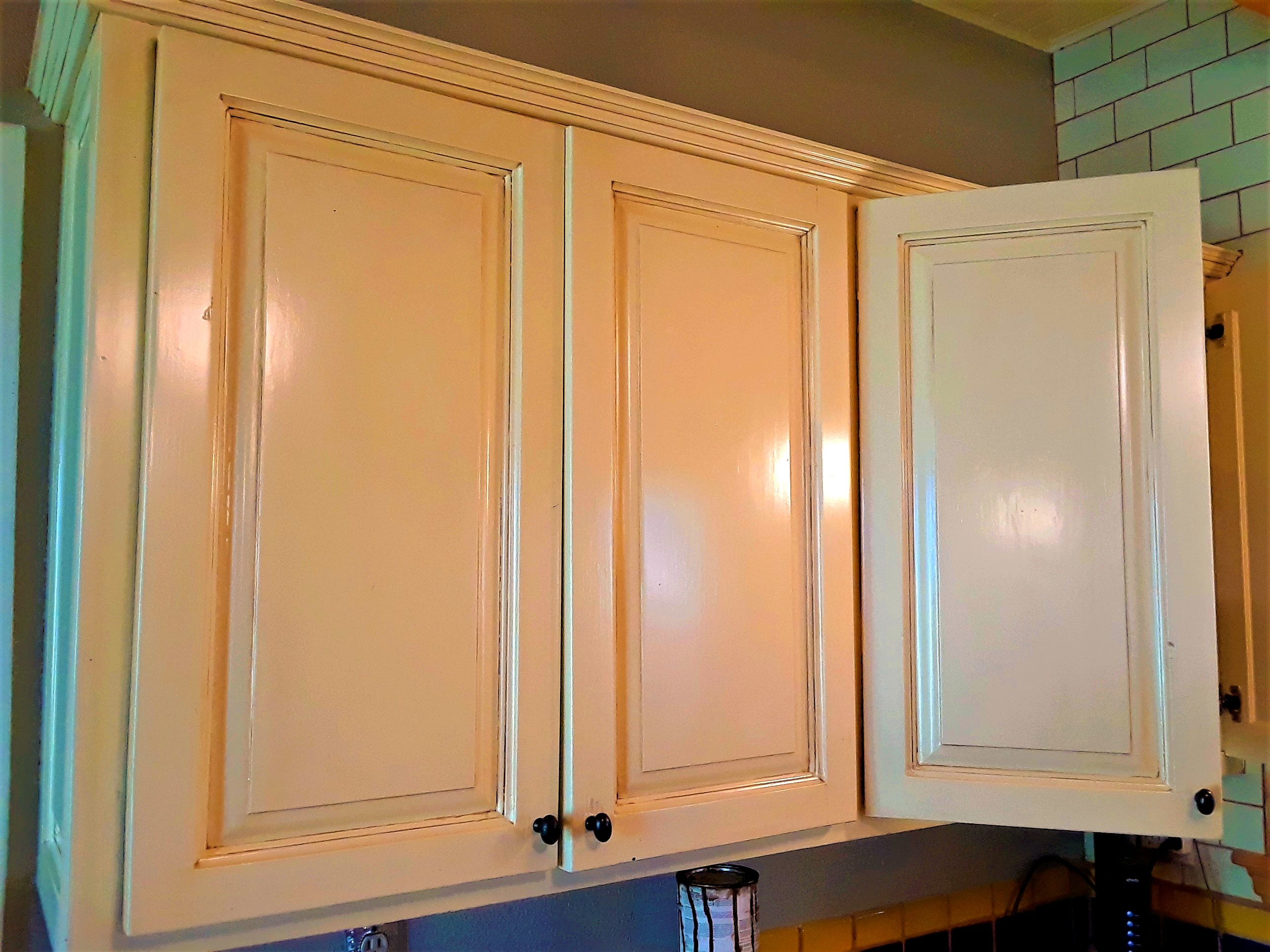 Cabinet Painting/Glazing
