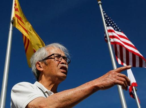 Đối lập giữa hai hệ ý thức trong cộng đồng người Việt tại Mỹ: Người lớn bảo thủ và Người trẻ tự do
