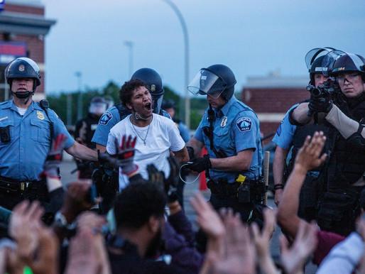 Ở Mỹ, phản kháng là sự yêu nước