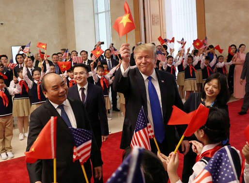 Dựa vào Trump chống Trung Quốc - một chọn lựa đầy rủi ro