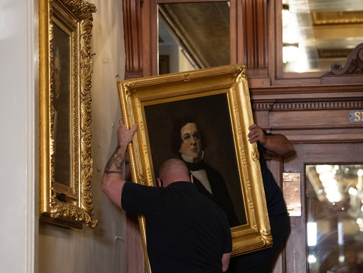 Tại sao đảng Cộng Hoà lại đấu tranh bảo vệ tượng đài những kẻ phản bội tại trụ sở Quốc Hội Hoa Kỳ?