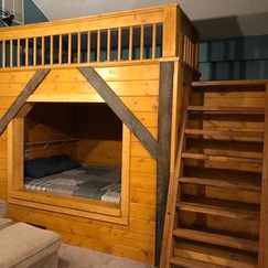 UPSTAIRS BUNK WITH KING SIZE MATTRESS ABOVE AND BELOW