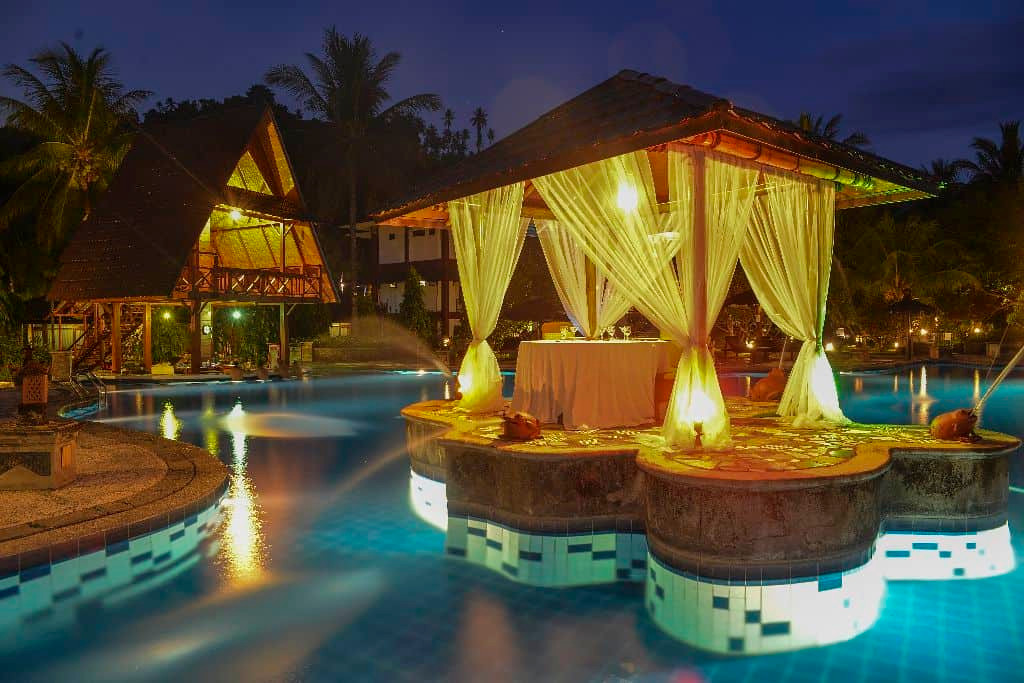 gazebo-and-pool-bar-evening.jpg