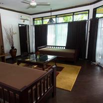 Sea-View-Suite-Lounge.jpg