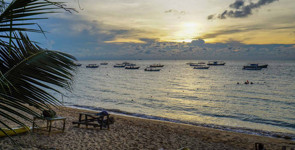 Dawn-View-at-Aman-Tioman-1-edited.jpg