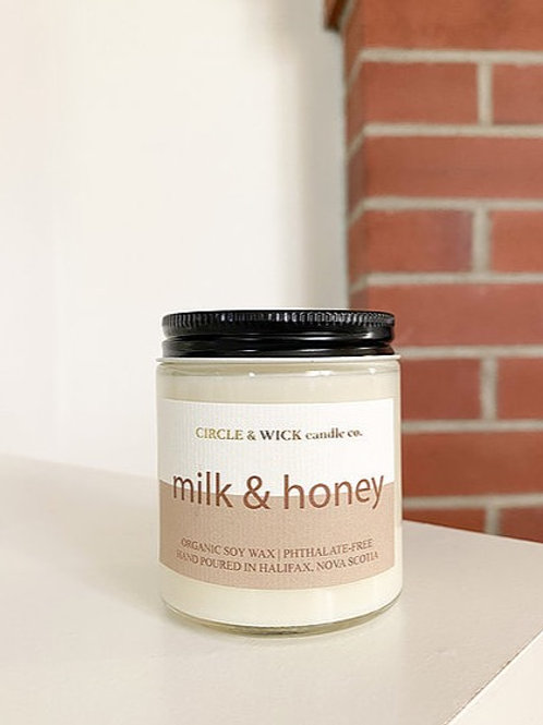 Milk + Honey Candle | 4oz | Circle & Wick Candle Co.