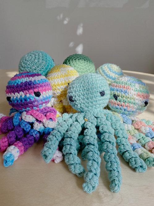 Ollie the Crochet Octopus - Mary Bruer