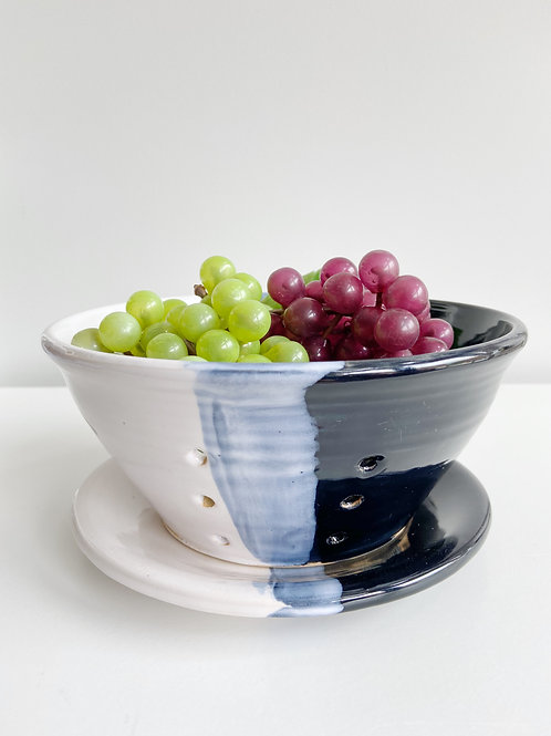 Black + White Berry Bowl | Anderson Pottery
