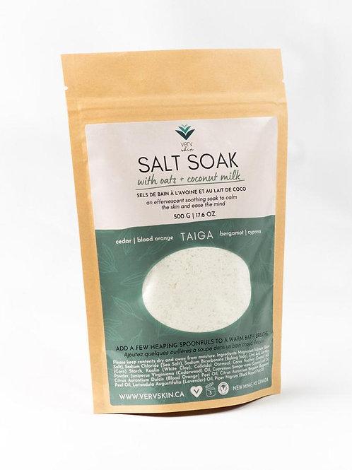 TAIGA Salt Soak with Coconut Milk + Oats| Woodsy + Peppery| Verv Skin