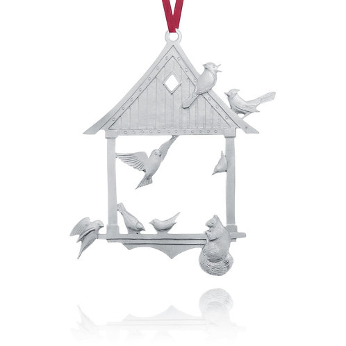 At The Feeder 2001 Collector Ornament | Amos Pewter