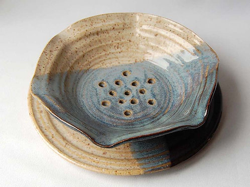 Berry Bowl | Postma Pottery