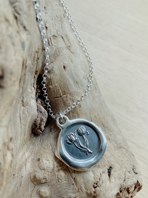 Tulip Silver Necklace | Recognition | Plum + Posey