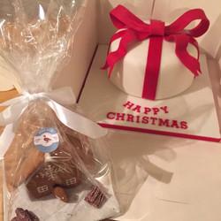 Christmas Cake & House