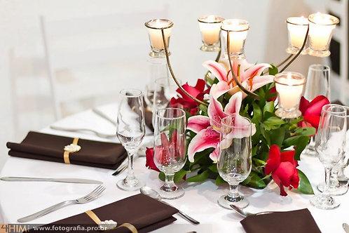 Arranjos de flores e velas AR2