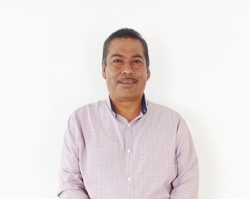 Sixto Guillermo Rosales Flores