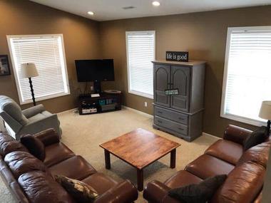 fh1 livingroom tv.jpeg