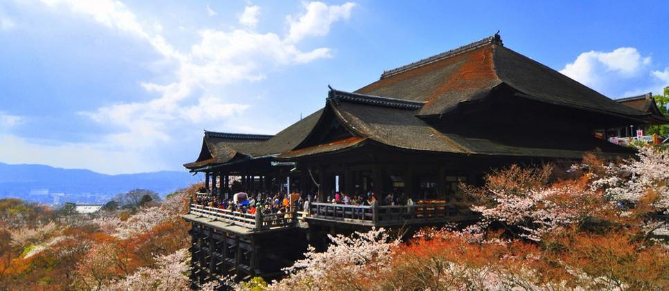 Kiyomizu Temple_Kyoto.jpg