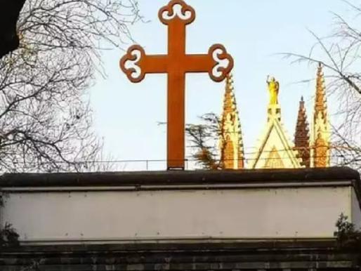 China Cracks Down on Christmas by Closing Churches, Banning Singing
