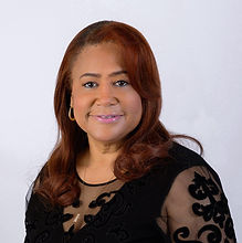 Rochelle Brown headshot.jpg