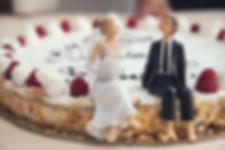 wedding-cake-407170_1280.jpg