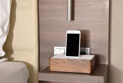 Medium Walnut/White_Guest Rooms