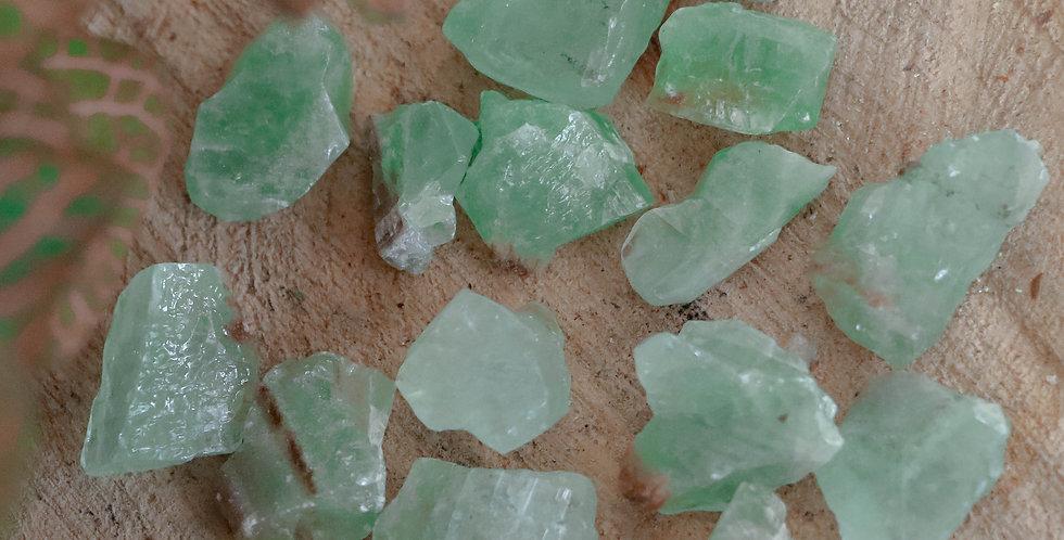 Calcite Verde em Bruto 2 a 3 cm