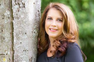 Lynne Marie: InHERview