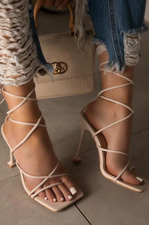 Draya Strappy heels in bone