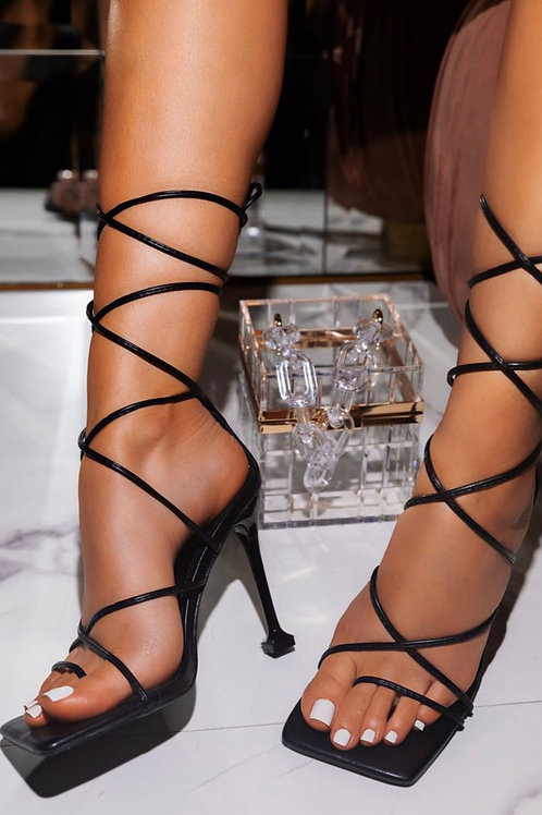 Draya Strappy heels in black