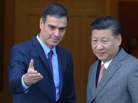 El Gobierno autorizó el asalto de empresas públicas de China y Emiratos Árabes a compañías españolas