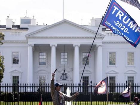 """El Presidente Trump firmó una ley de """"redención de bonos del Tesoro"""""""