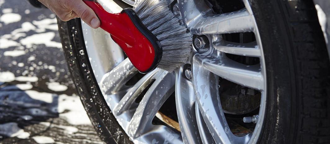 wheel-cleaner-brush.jpg