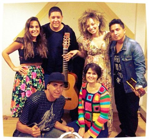 Entrevista da cantora Júlia Rocha na radio Inconfidência (BH)