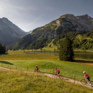 Biken in Gstaad