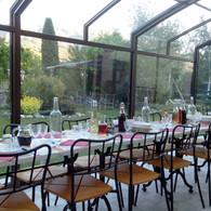 dîner l'été dans le véranda