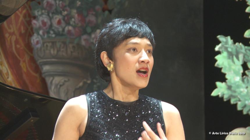 Jennifer Pellagaud, soprano