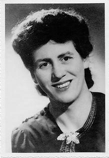 Yvonne Pons, mezzo-soprano - Portrait