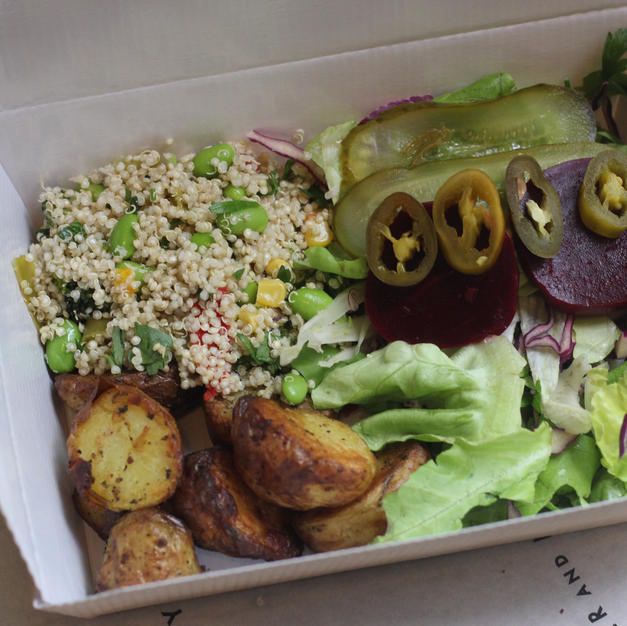BUILD YOUR OWN SALAD BOX