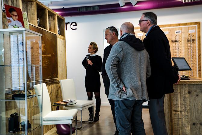 Tomà Shyrá - eine Ausstellung mit Durchblick
